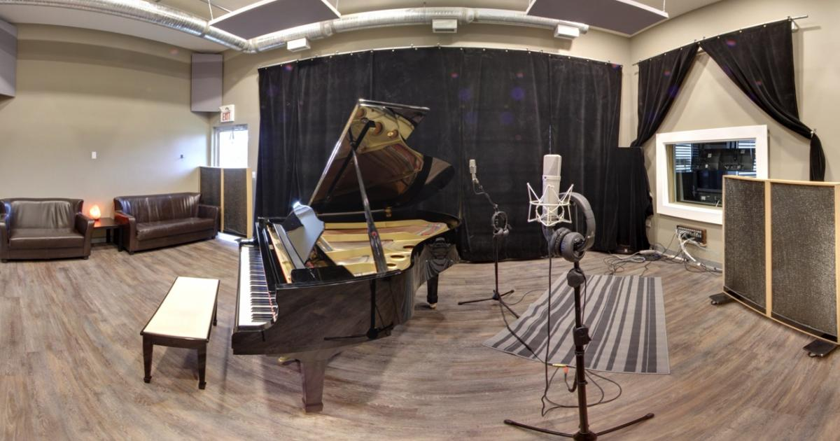 Link to Non-Profit Recording Arts Centre in St. Albert - 50% Off New Memberships